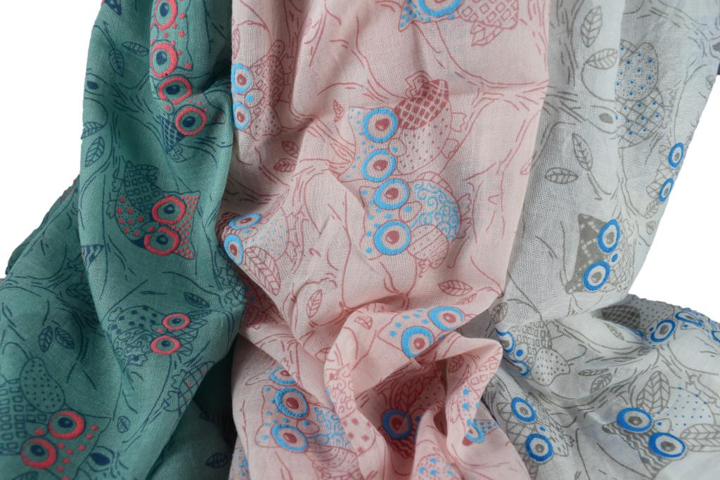 Дамски шал с принт бухал