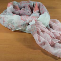розов дамски шал